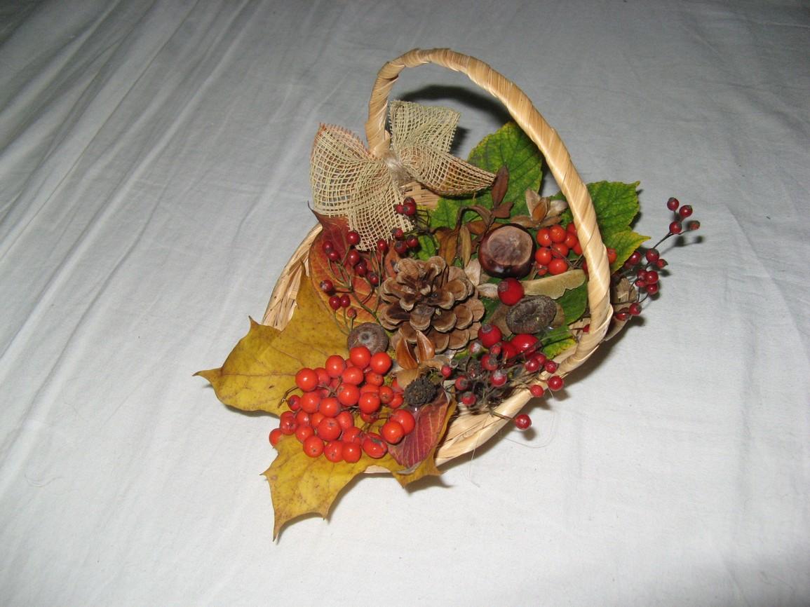 http://www.sijeme.ic.cz/dekorace-podzim-4.jpg
